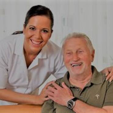 The-symptoms-of-stroke-in-older-people-150x150.jpg