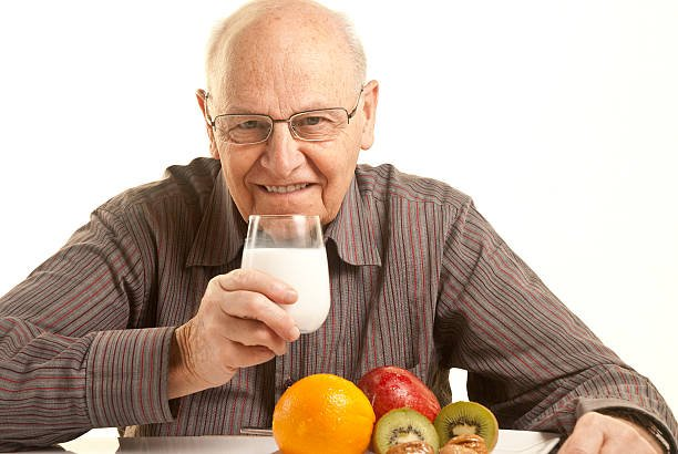 Older People's Hydration in the Summer.